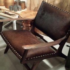 Meer dan 1000 idee n over koeienhuid stoel op pinterest westerse meubels koeienhuid en - Westerse fauteuil ...