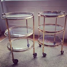 Drinks trolleys/bar carts