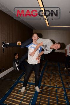 Nash Grier and Cameron Dallas.. cutest guys ever