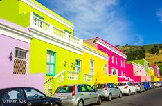 colourful homes in bo kaap cape town Places To Volunteer, Places To Travel, Places To Visit, Stuff To Do, Things To Do, Cape Town, House Colors, Awesome, Amazing