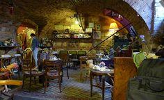 Rengeteg RomKafé Cím: 1094 Budapest, Tűzoltó utca 22. Nyitva: H-V 10:00 - 22:00 Utca, Hungary, Budapest, Drink, Painting, Beverage, Painting Art, Paintings, Painted Canvas