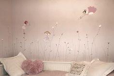 Mural habitación bebé hadas