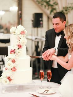 Pippin Hill Wedding by Jacin Fitzgerald and Lucy Cuneo - Southern Weddings