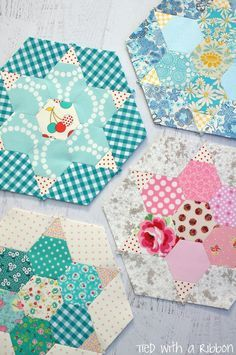 Well and truly Smitten ! I am just loving this quilt and deciding each and every piece that will make up each hexagon. It took me quit...
