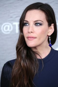 Liv Tyler, The Leftovers premiere, NYC, Beauty, makeup, navy, dress