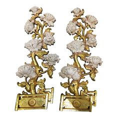 Syroco Gilt White Peonies Wall Plaques - A Pair White Peonies, Wall Plaques, Chinoiserie, Lion Sculpture, Objects, Wall Decor, Statue, Floral, Vintage