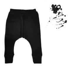 Our harem pants come in so many colors... Like these solid black, available in baby and kids sizes. ➕ free shipping worldwide on every order ➕
