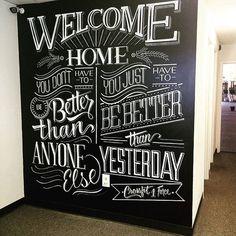 I kinda want a big chalk wall like this. Blackboard Art, Chalkboard Lettering, Chalkboard Designs, Typography Letters, Chalkboard Paint, Welcome Chalkboard, Chalk Fonts, Chalkboard Typography, Chalkboard Writing