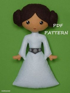 PDF sewing pattern to make a felt Dark Vader 7.4 inches tall (19 cm) and a felt Princess Leia 7.1 inches tall (18 cm). Includes tutorial with pictures and step by step explanation. For hand sewing. They are not a finished dolls. Difficulty: medium Instructions in Spanish-English. Things to do