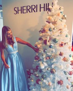 See this Instagram photo by @sherrihill • 85.6k likes
