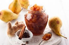 We are using pears and apples as the basis for this delicious chutney, along with various spices. Homemade chutney is always great and make. Aga Recipes, Wine Recipes, Gourmet Recipes, Fruit Chutney Recipe, Ginger Chutney, Fruit Sec, Salsa Picante, Dried Fruit, Quinoa