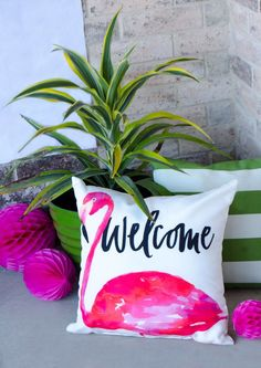 How To Make a Tropical Backdrop by Lindi Haws of Love The Day Retro Summer, Summer Diy, Diy Backdrop, Backdrops, Luau Party Decorations, Cricut, Diy Party, Party Ideas, Yard Party