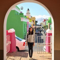 A cooking class in the Cape Town Bo-Kaap quarter to learn the basics of Cape Malay cuisine. San Diego, Paradise Travel, California, African Safari, Amazing Adventures, Travel Couple, Cape Town, Luxury Travel, Wonderful Places