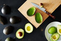 Buck convention! Forget what you've been taught! Cut your avocado the wrong way!