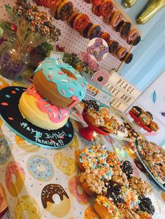 "Donut Birthday Party Ideas Megan C's Birthday / Donut - Photo Gallery at Catch My Party""}, ""http_status"": window. Donut Birthday Parties, Donut Party, Birthday Party Themes, 1st Birthday Girl Party Ideas, Girl First Birthday, 10th Birthday, Birthday Cake, Donuts, Party Deco"