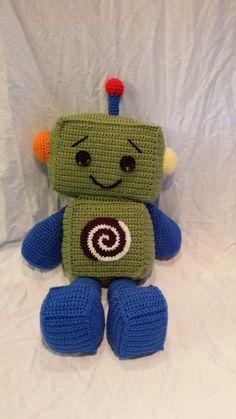 $5.50 Happy Little Robot Crochet Pattern by McReimanDesigns on Etsy