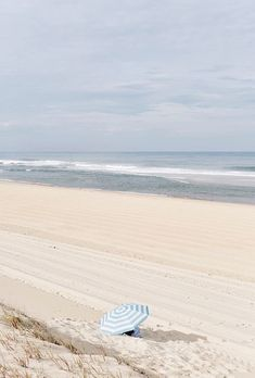 Blue Beach, Beach Art, Beach At Night, Ocean Photography, Vintage Photography, Sandy Beaches, Beach Cottages, Beautiful Beaches, Sea Shells