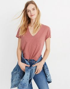 Madewell Whisper Cotton V-Neck Pocket Tee Tees For Women, Clothes For Women, Work Tops, Womens Fashion For Work, Shirt Shop, Trendy Outfits, V Neck T Shirt, Tee Shirt, Madewell