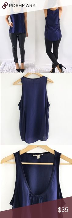 joie soft navy silk tank top Women's XS Excellent condition. Perfect color for fall! Wear with skinny pants or shorts. 100% silk. Linen viscose blend on the sides. Size XS Joie Tops Tank Tops