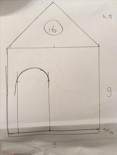 Dit is de schets die ik heb gemaakt voor mijn huis. Ik heb alles precies afgemeten op beide huisjes. Ik heb er later nog een raam bij gemaakt rechts naast de deur. Die is vierkant, maar die heb ik niet geschetst.