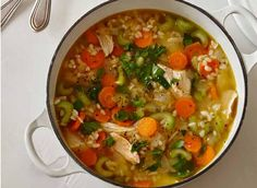 Zero Belly Recipe: Easy Chicken and Rice Soup  This delicious lunchtime soup is ready in just 15 minutes!