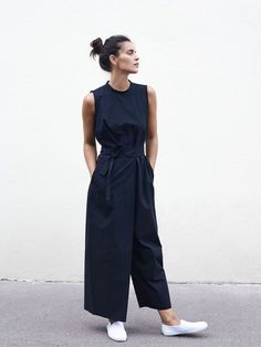 Spring Summer 18 – Roxane Baines – Official website – Fashion Trends To Try In 2019 Mode Outfits, Casual Outfits, Fashion Outfits, Fashion Tips, Fashion Bloggers, Fashion Trends, Casual Chic Style, Cool Style, Casual Chic Summer