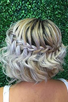 26 Lovely Bob Hairstyles: Short, Medium and Long Bob Haircut Ideas . wasserfall, 26 Lovely Bob Hairstyles: Short, Medium and Long Bob Haircut Ideas French Braid Hairstyles, Chic Hairstyles, Simple Hairstyles, Amazing Hairstyles, Sweet Hairstyles, Woman Hairstyles, Beautiful Haircuts, Hairstyles 2018, Celebrity Hairstyles