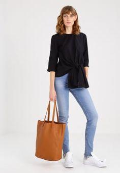 VIKI 7 - Shopping bag - cognac