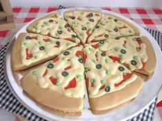 Seriously, these pizza cookies are so cute.