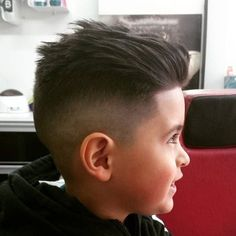 60 Awesome Cool Kids and Boys Mohawk Haircut Ideas - Fashion Best boy with mohawk hair style images - Hair Style Image Cool Kids Haircuts, Boys Haircuts 2018, Boy Haircuts Short, Little Boy Hairstyles, Toddler Boy Haircuts, Cute Haircuts, Mohawk Hairstyles, Kids Hairstyles Boys, Little Boy Haircuts Fade