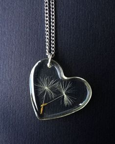 Dandelion Seed Necklace - Dandelion Pendant - Heart Charm - Real Dandelion Seed - Boho - Paperweight - Gifts For Her - Spring - Summer - Pusteblumen Kette Löwenzahn Herz Charme Pusteblumen The Effective Pictures We Offer You About diy - Diy Jewelry Rings, Resin Jewelry Making, Jewelry Crafts, Jewelry Art, Jewelery, Handmade Jewelry, Resin Jewellery, Resin Necklace, Dandelion Necklace