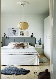 Just nu hittar man dessa helt underbara bilder – från mönsterformgivaren Emma von Brömssens hem – i senaste Sköna Hem. Alldeles magiskt och hur inspirerande som helst. Inte sant?...