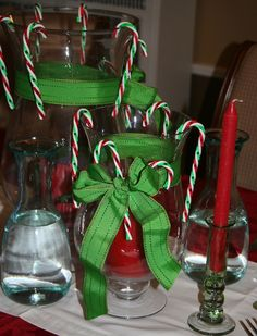 30 Second Mom - Cecilia Cannon: Decorate Holiday Table Economically with Household Items