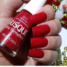looks like mac russian red lipstick 😻 Coffin Nails Ombre, Red Acrylic Nails, Red Nails, Nail Ring, Manicure And Pedicure, Cute Nails, Pretty Nails, Tumblr Nail Art, Elegant Nail Art