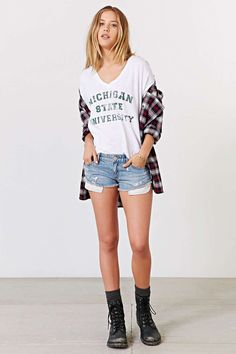 Michigan State University Relaxed Boyfriend Tee - Urban Outfitters