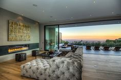 North Doheny House by Meridith Baer Home http://www.homeadore.com/2013/04/17/north-doheny-house-meridith-baer-home/
