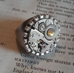 Steampunk Rhinestone Wing Up Watch Ring || Jewelry, Ring, Silver, Steampunk, Clock, Wind Up, Rhinestones, Vintage Parts, Beauty, Jewel by DreamAddict on Etsy