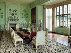 Lady Olive Bailles famous dining room - decorated by Jansen #diningroom