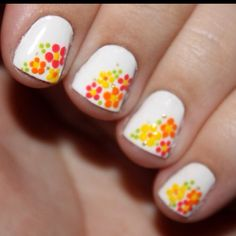 Flower nails for the summer!