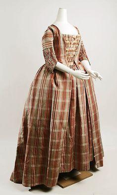 Robe à la Française and Caraco 1770-1790 The Metropolitan Museum... - OMG that dress!
