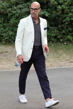 The 10 Best-Dressed Men of the Week - Let this be your yearly reminder that Stanley Tucci is always the most stylish guy at Wimbledon. Gq, Best Dressed Man, Well Dressed, Art Sport, Wimbledon, Older Mens Fashion, Fashion Men, Stanley Tucci, Madrid