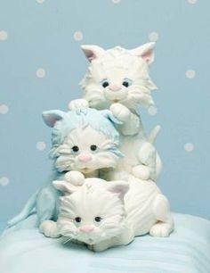 Fondant figures - kitties