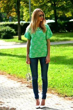 Zara T Shirt, Bershka Jeans, Mango Heels