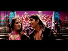 Amrita Rao sizzles after her makeover in this song with Zayed Khan. Also, Sushmita and the one and only King Khan! (Click the CC for English Subs) Main Hoon Na, Zayed Khan, Indian Movie Songs, Bollywood Movie Songs, Vintage Bollywood, My Favorite Music, Favorite Things, Hit Songs, Film Music Books