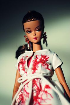 Palm Beach Coral Barbie by thitipatify, via Flickr