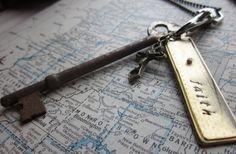 The Faye Necklace  Vintage Cluster Key Necklace by SeizeTheNight, $22.00