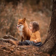 Top 20 Girls with Pet Fox Wallpapers Animals For Kids, Animals And Pets, Baby Animals, Cute Animals, Beautiful Children, Beautiful Babies, Animals Beautiful, Fantasy Photography, Animal Photography