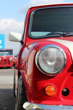 Mini Moto Car, Moto Bike, Mini Cooper Wallpaper, Classic Mini, Classic Cars, Vintage Cars, Antique Cars, Mini Lifestyle, Higher Art