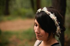Sage- Baby's Breath crown, Floral hair crown, Natural Bridal headpiece with sage ribbon, Whimsical tiara with dried flowers