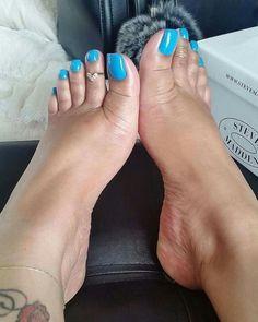 Pretty Toe Nails, Cute Toe Nails, Sexy Nails, Sexy Toes, Pretty Toes, Feet Soles, Women's Feet, Acrylic Toes, Long Toenails